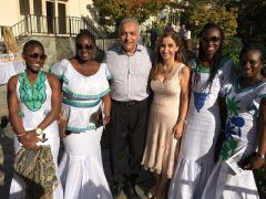 Hamid and Terri Khonsari with Sierra Leone TechWomen 2015