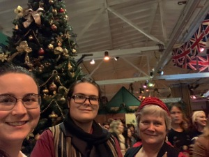 Jessica Paul Katy at Dickens Fair Christmas 2019